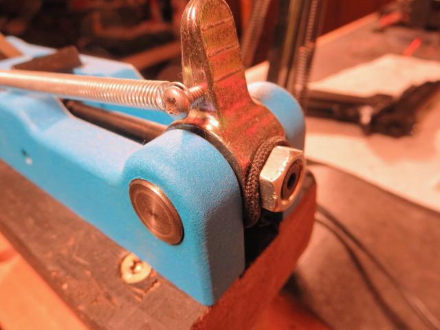 Primer pocket crimp-4.jpg