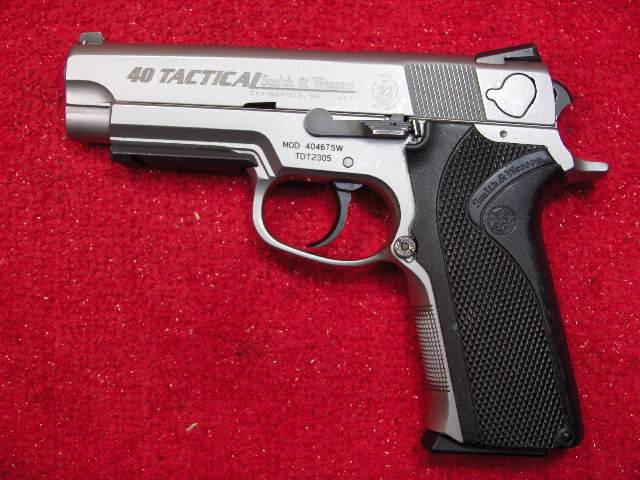 New Pistol (at least for me)-4046tsw.jpg
