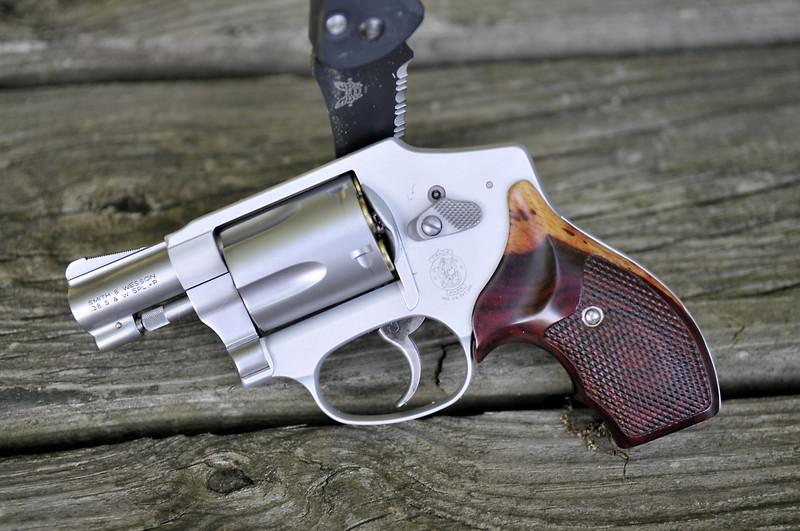 Lets see your unique revolver grips!!!!-550324475_jtqvv-l.jpg