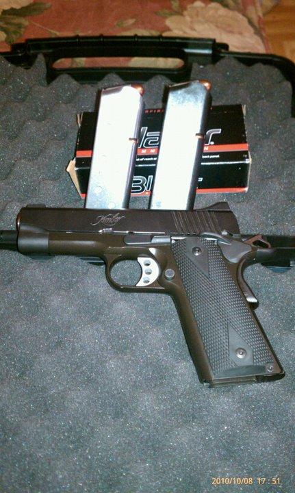 Gun Porn.-59627_1644104103899_1275761153_31798173_2933674_n.jpg