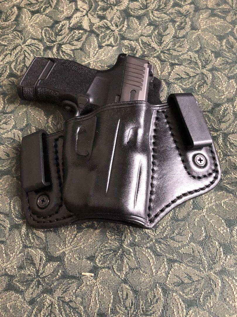 What handgun have you carried the most in the last 30 days? update page 12-5w8yrws.jpg