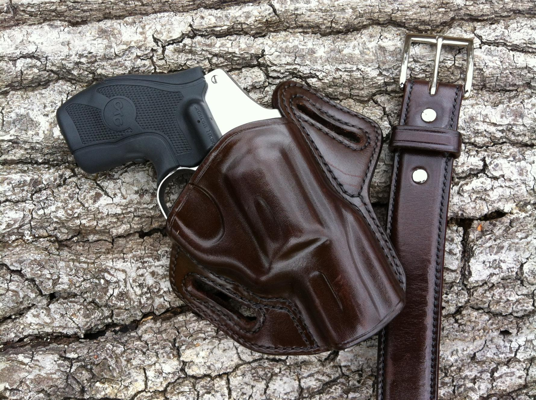 Galco Concealable OWB (one of the best)-640.-001.jpg