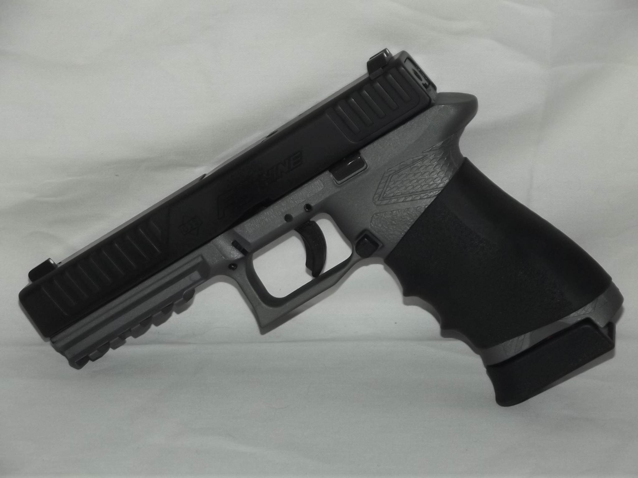 DB9 as a ankle gun-69260521.jpg