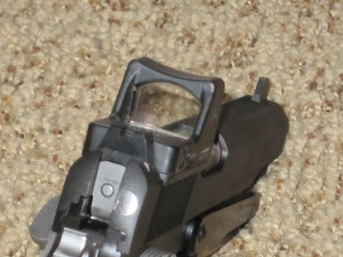 What is the Purpose of Using A Mini-Red Dot Sight On a Pistol: Combat?-6a0133ec985af6970b014e87edaf5e970d-500wi.jpg