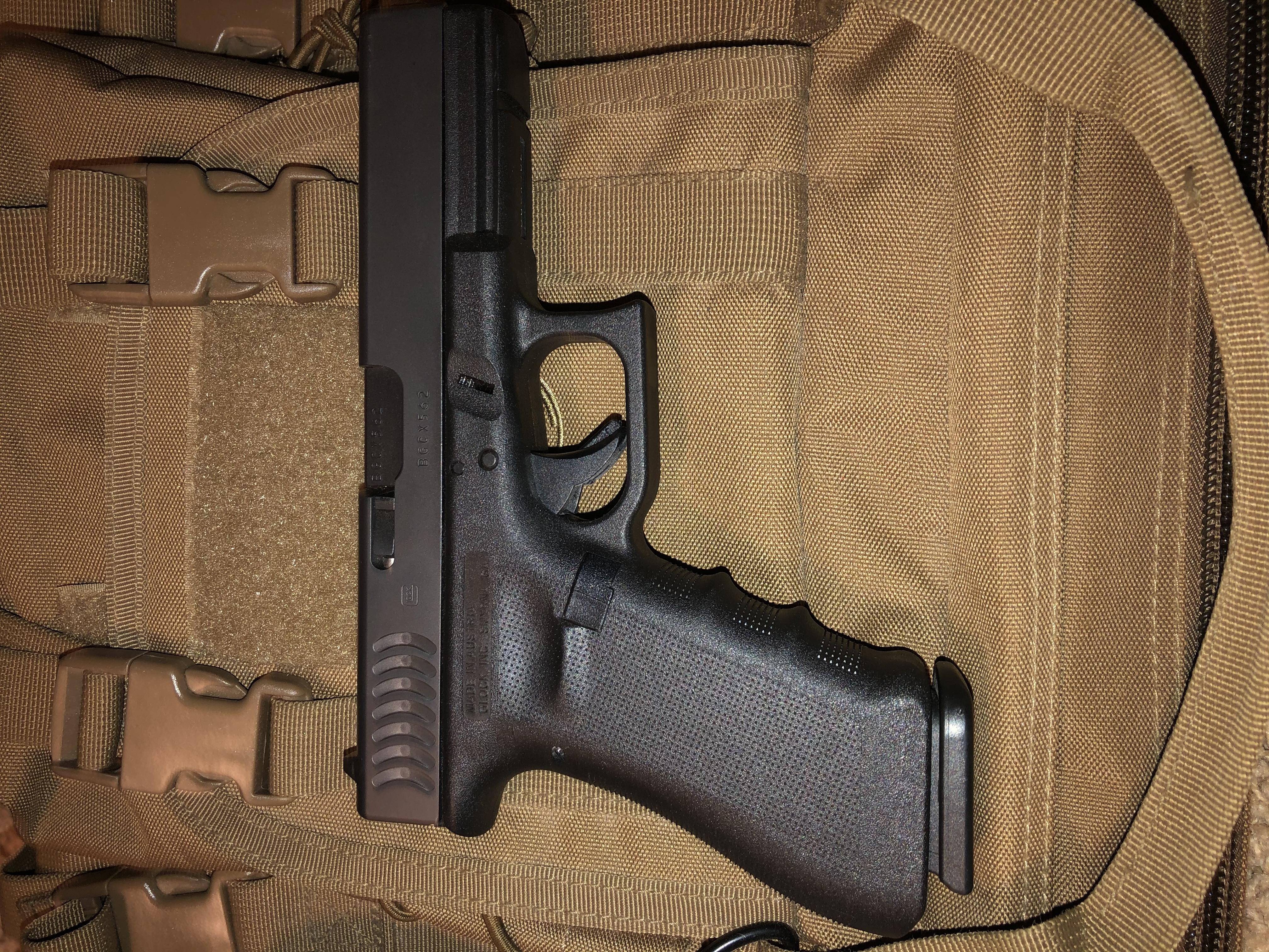 Glock 17 RTF w/ Fish Gills-6bd8b3a1-3a07-4e39-a5d2-68d74d898264.jpeg