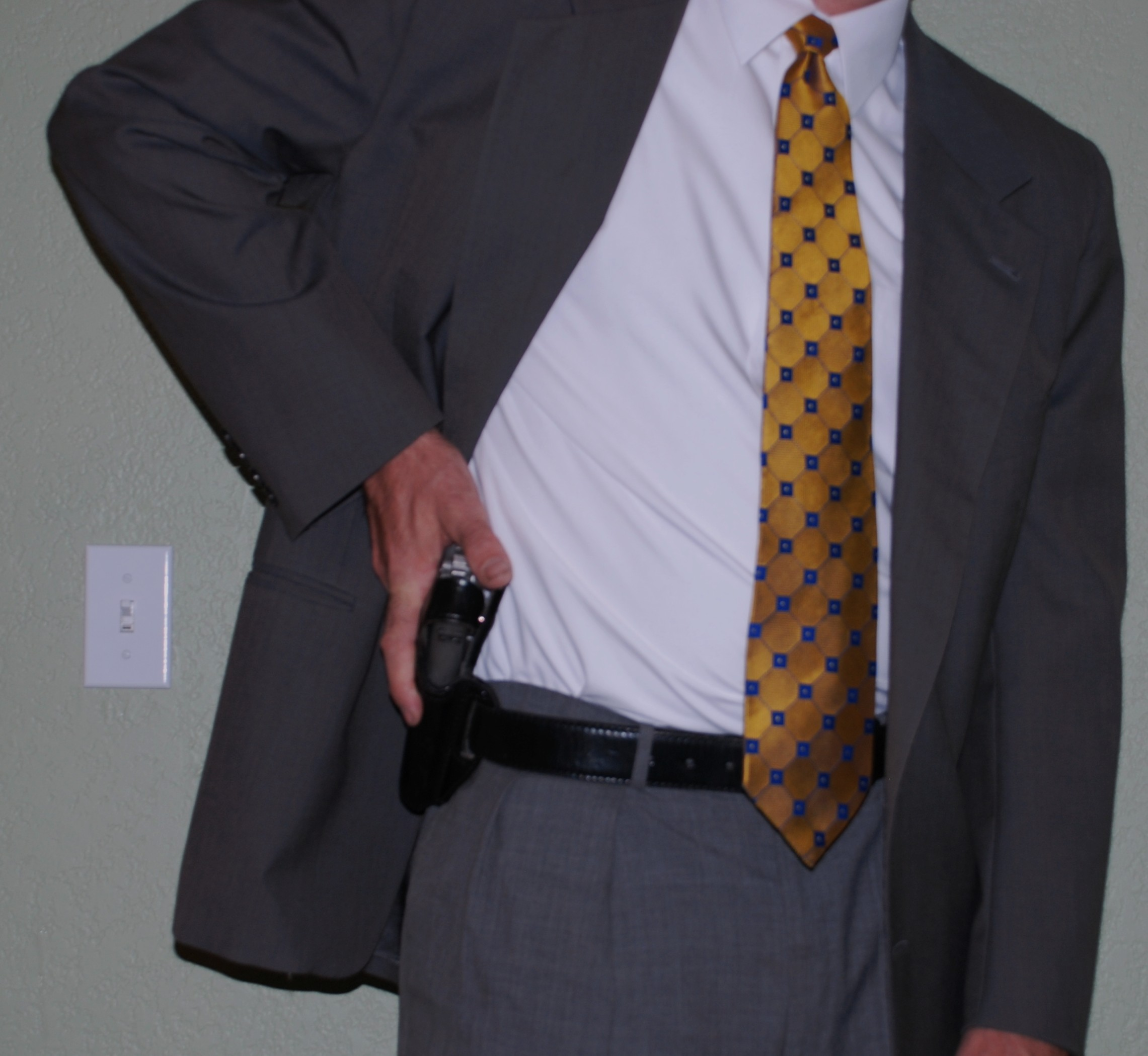 Don Hume H722 Enforcer Reviews??-711-1.jpg