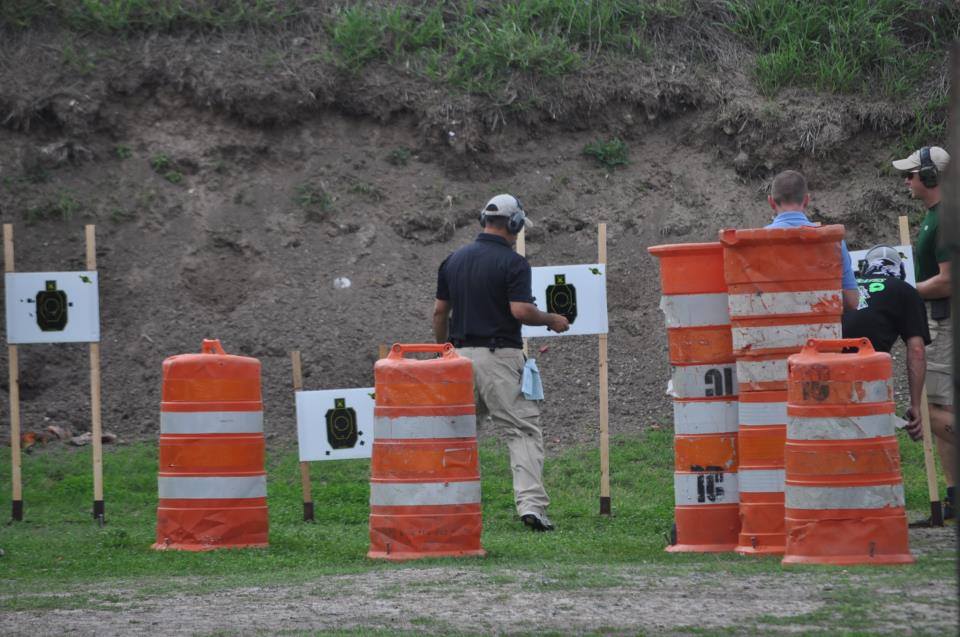 Pop N Glo Targets introduces 1/3 size IDPA targets to its lineup.-72671_331482716961848_1025212017_n.jpg