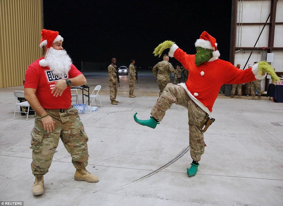 Merry Christmas-7447.jpg