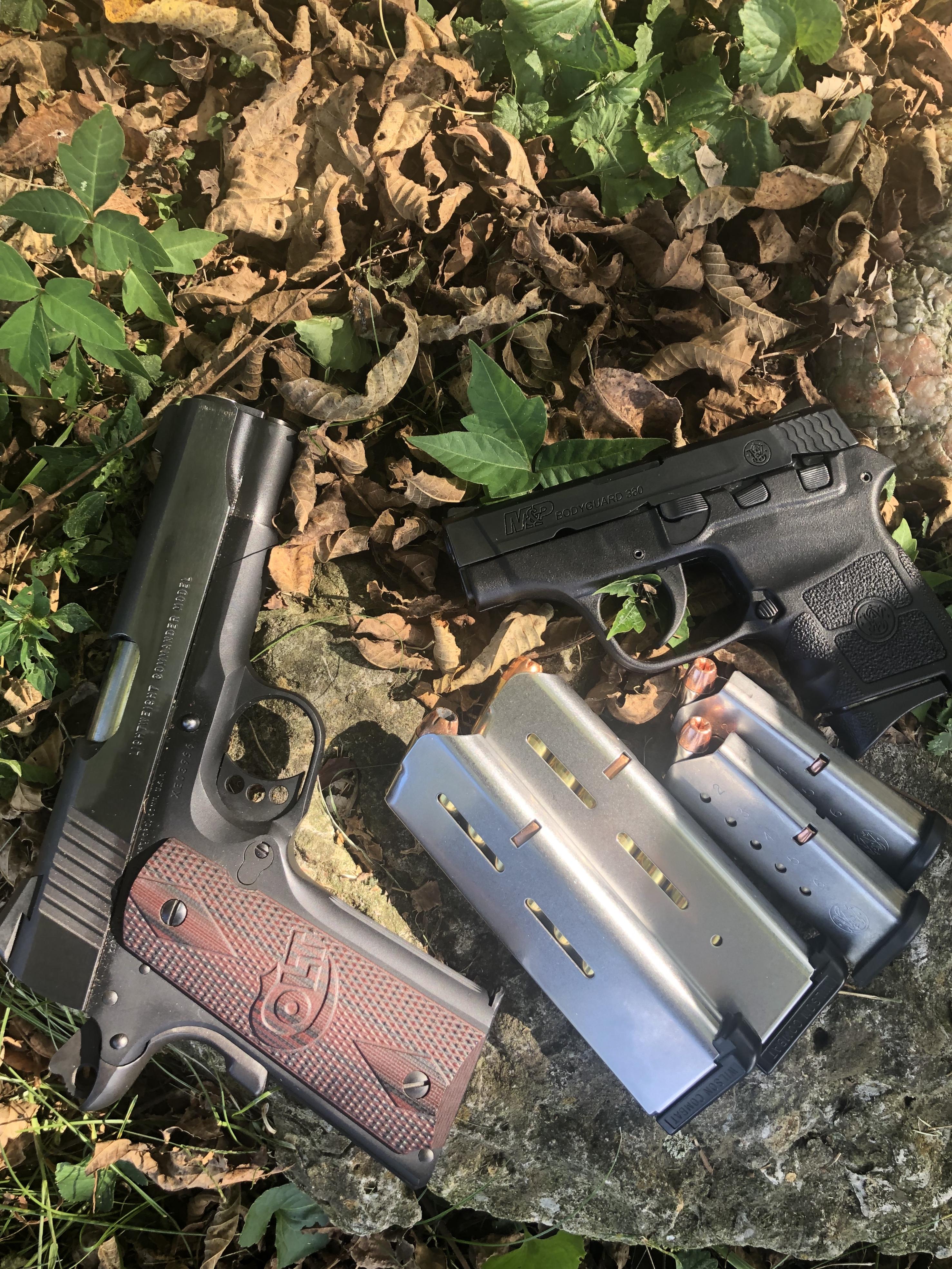 Do you carry 2 guns?-77254c5a-4488-4ead-a2f9-09dfd9871d9d.jpeg