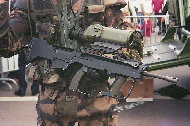 Ugly gun thread-800px-famas_felin_501556_fh000002.jpg