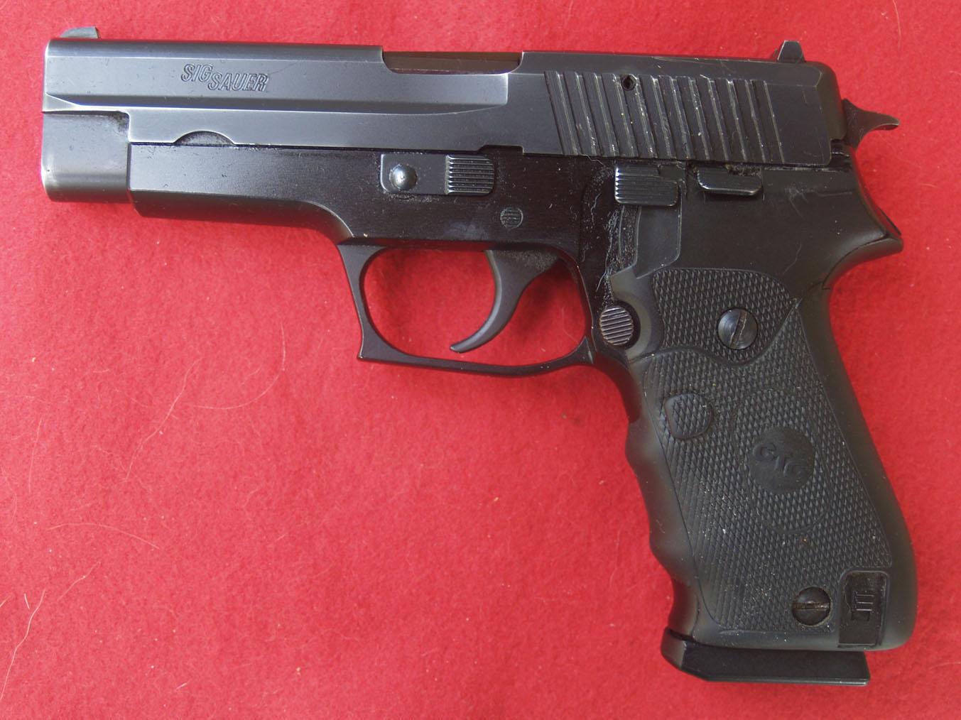 First Concealed Carry Gun!-8b-sig-p-220-g139805-left.jpg