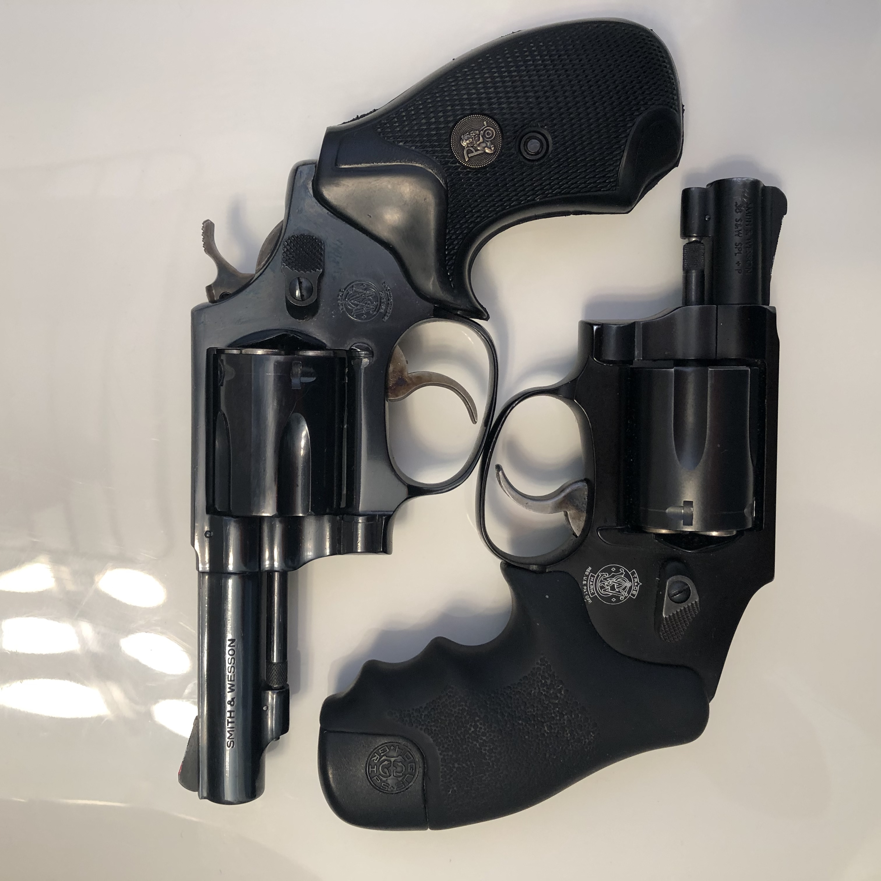 DB9 as a ankle gun-9361f680-bd05-4f3b-89bf-e7493b7d11cb.jpeg