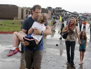 Oklahoma tornado outbreak-a4s_tornado052113a_10810938_4col.jpg