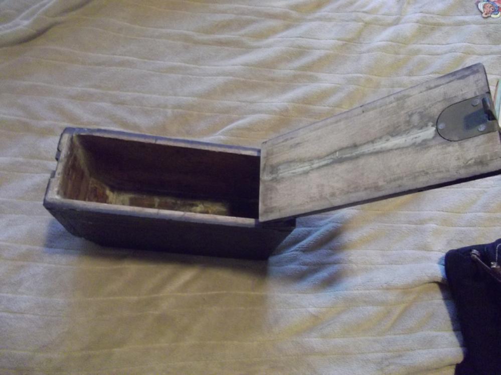 WWI Ammo Box-ab2.jpg