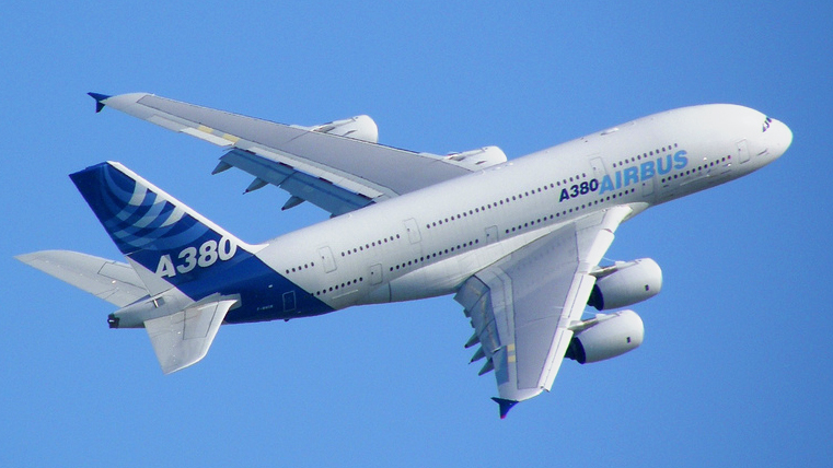 I saw one of these yesterday.....-airbus_a380_blue_sky.jpg