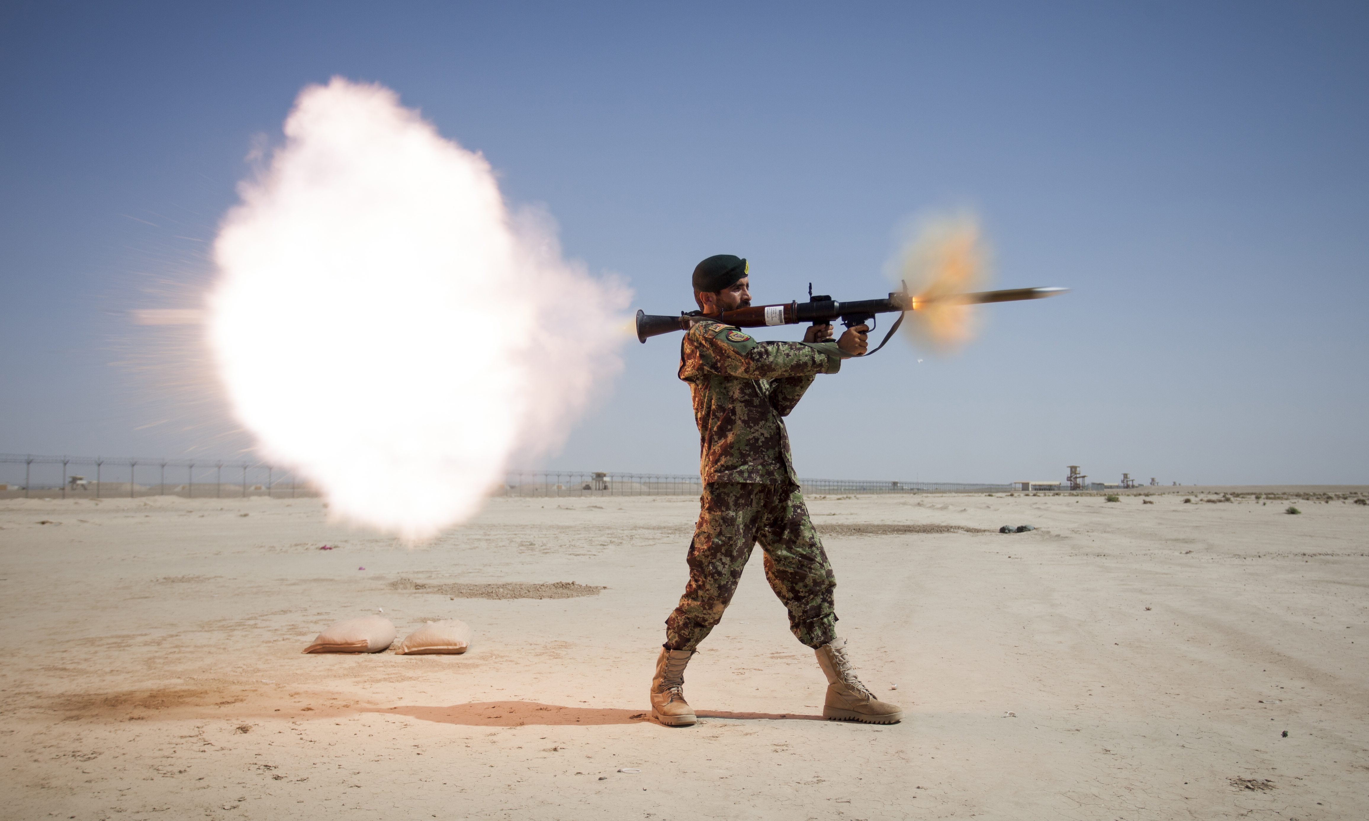 If three quick shots to COM don't get results, then what?-ana_soldier_with_rpg-7_in_2013-cropped.jpg