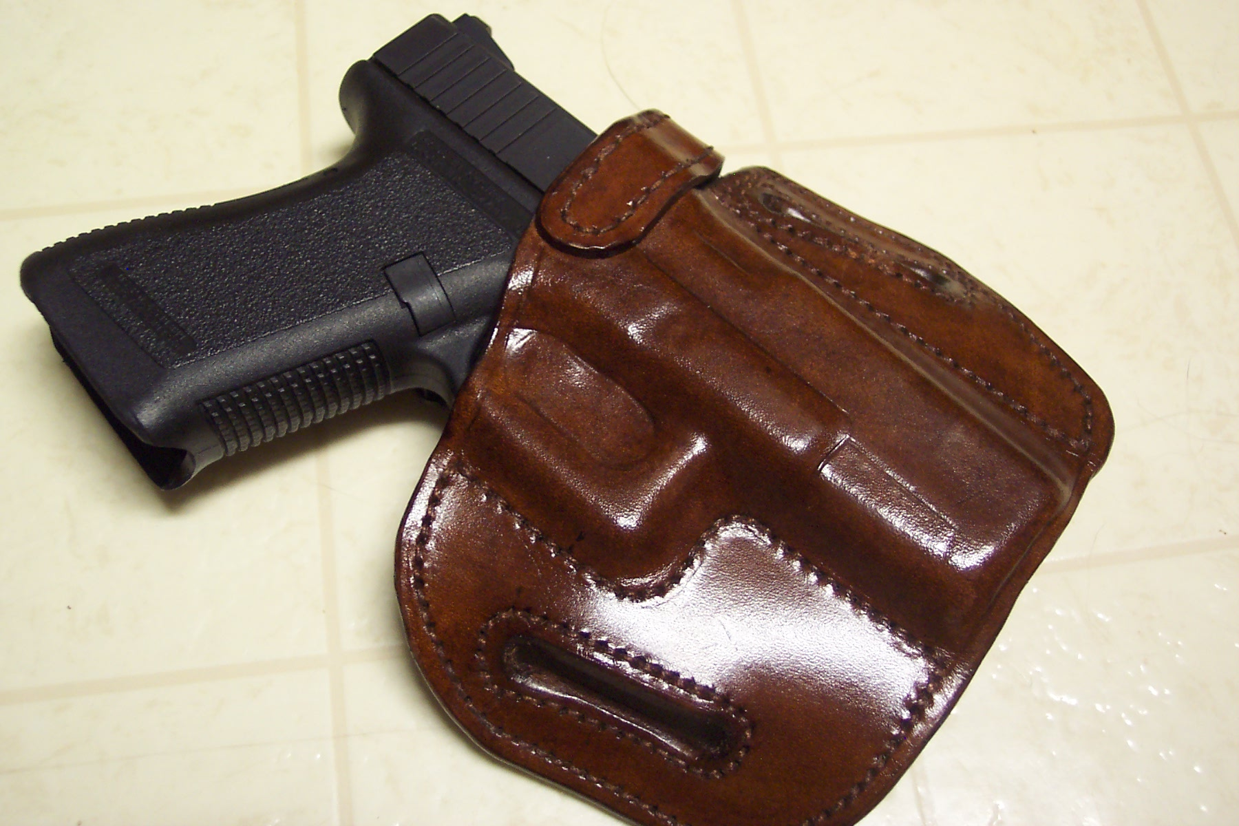 Perfect CCW holster for Glock 19? Opinion welcome!-andy-rig-1.jpg