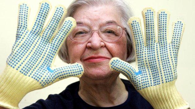 Stephanie Kwolek, Kevlar inventor, dies at 90-ap_stephanie_kwolek_sk_140620_16x9_992.jpg