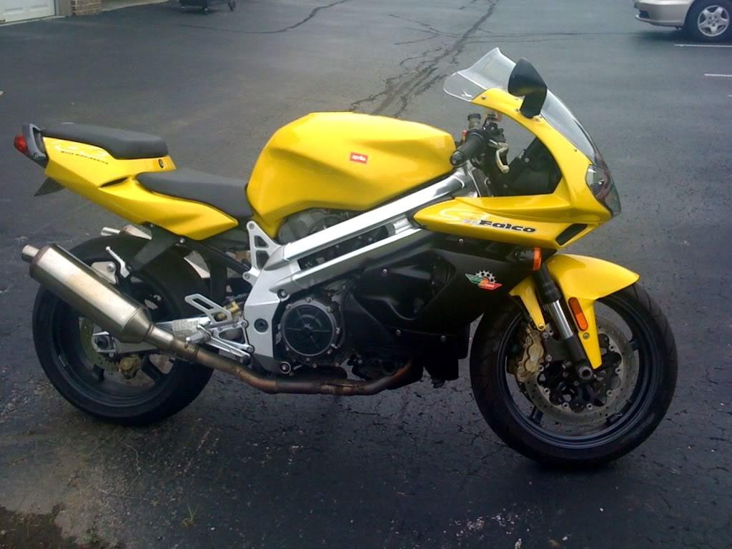 Motorcycle carry?-aprilia-falco.jpg