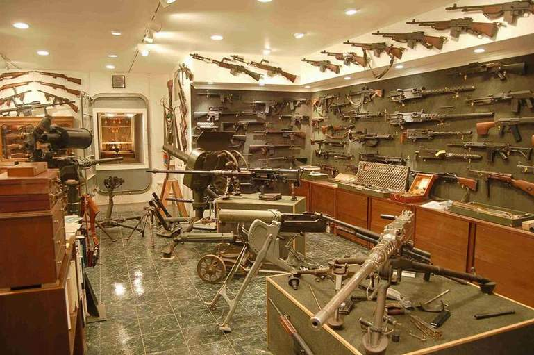 My Weapons Collection-att00004.jpg