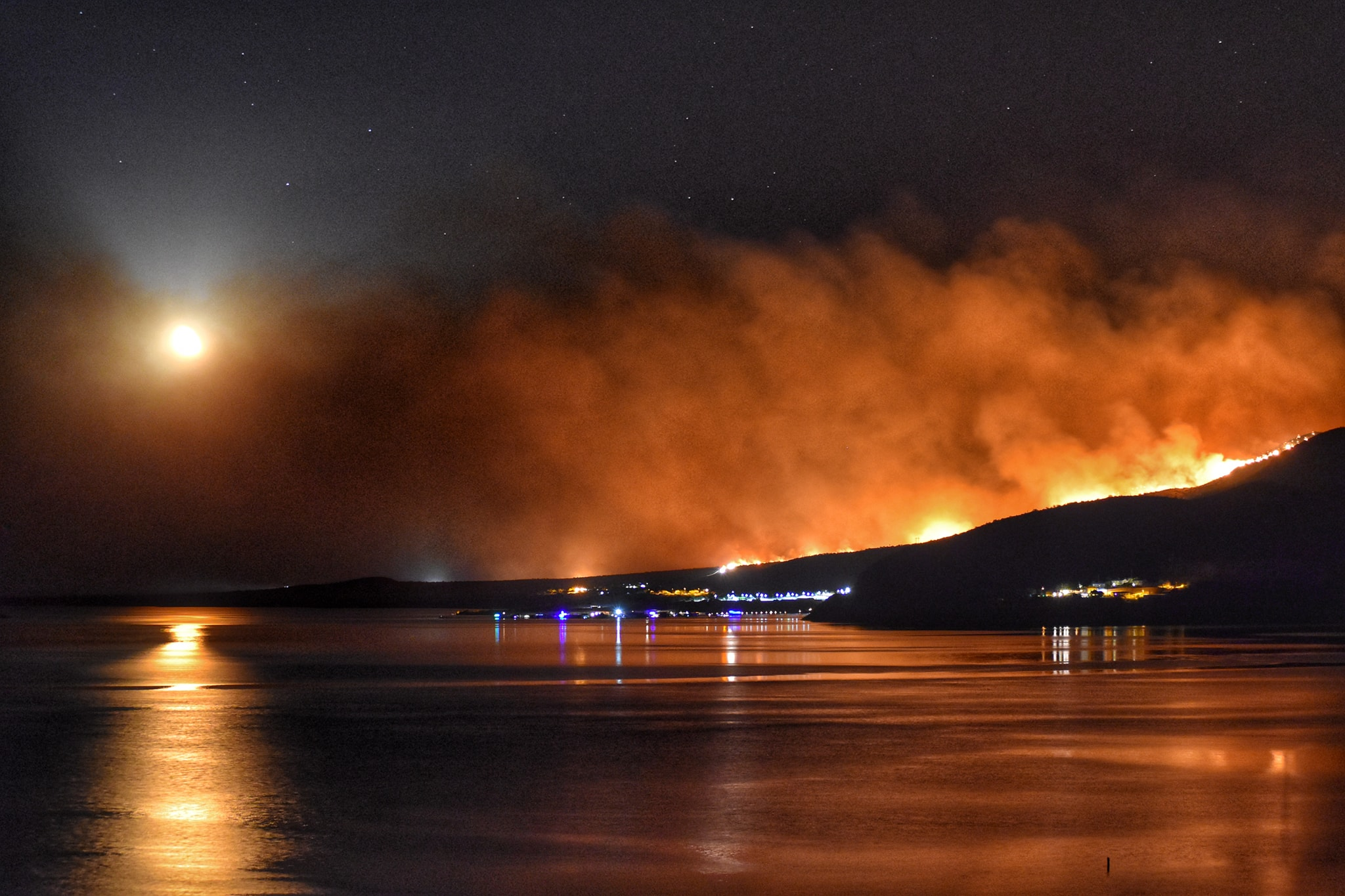 Fire in the Superstitions-back-burn-woodbury-fire.jpg