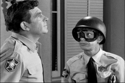 Defending against dangerous liquids thrown at your face?-barney-fife-goggles.jpg