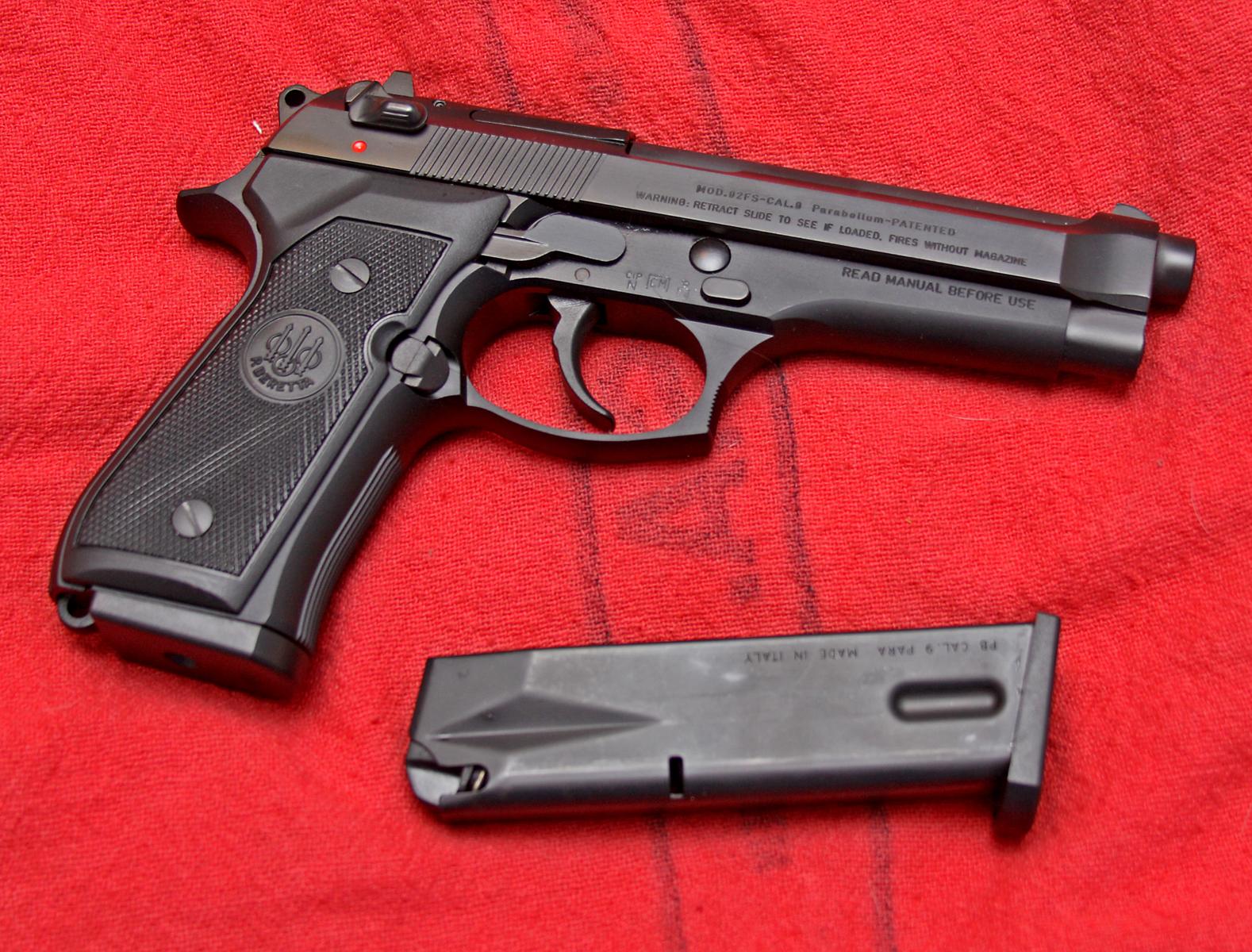 Beretta 92 dating