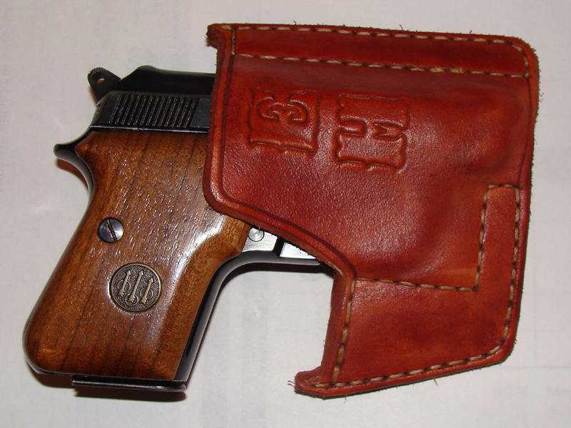 pocket holster for mustang 380 and mags-beretta-jetfire2.jpg