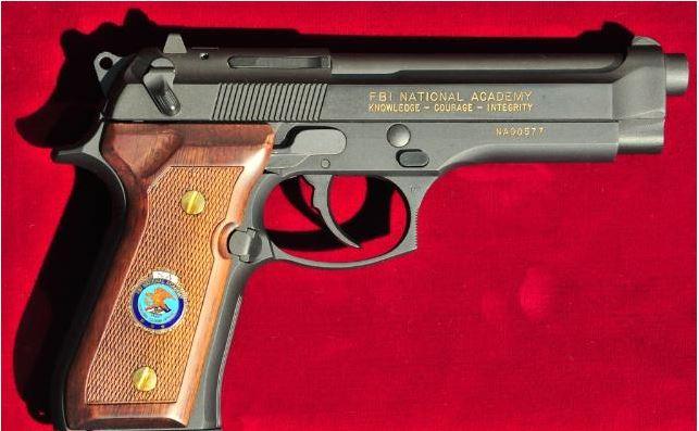 Beretta 92F FBI Academy Commemrative-berettafbi.jpg