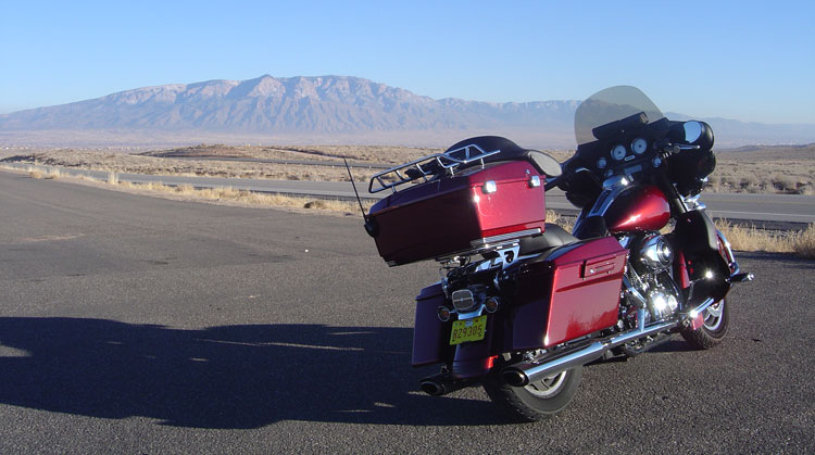 Fanny pack on a motorcycle-bernalillo.jpg