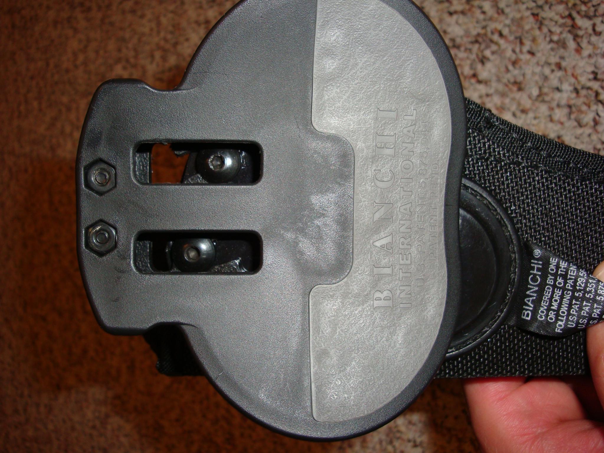 WTS: Bianchi AccuMold paddle holster :[MI]-bianchi-16-3.jpg