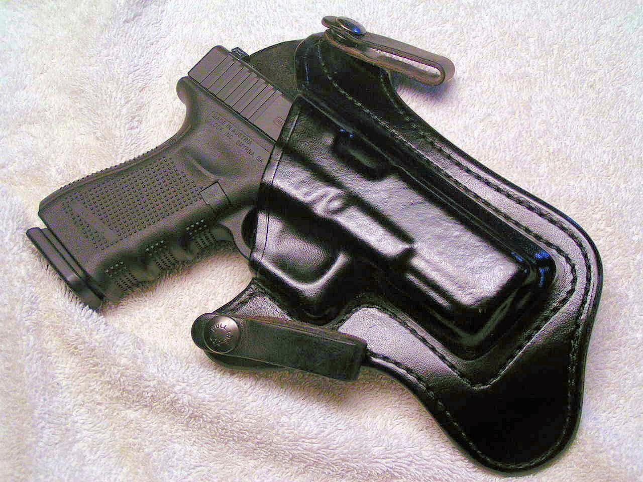 Brommeland Max-Con V IWB Holster-brommeland-glock-two.jpg
