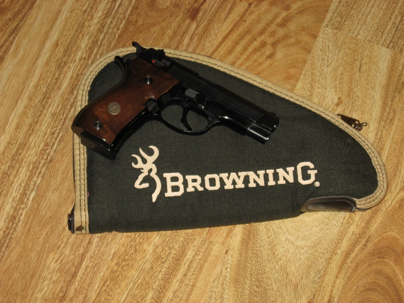 Look what followed me home (No more plastic guns for me)-browning-bda-right-side-copy.jpg