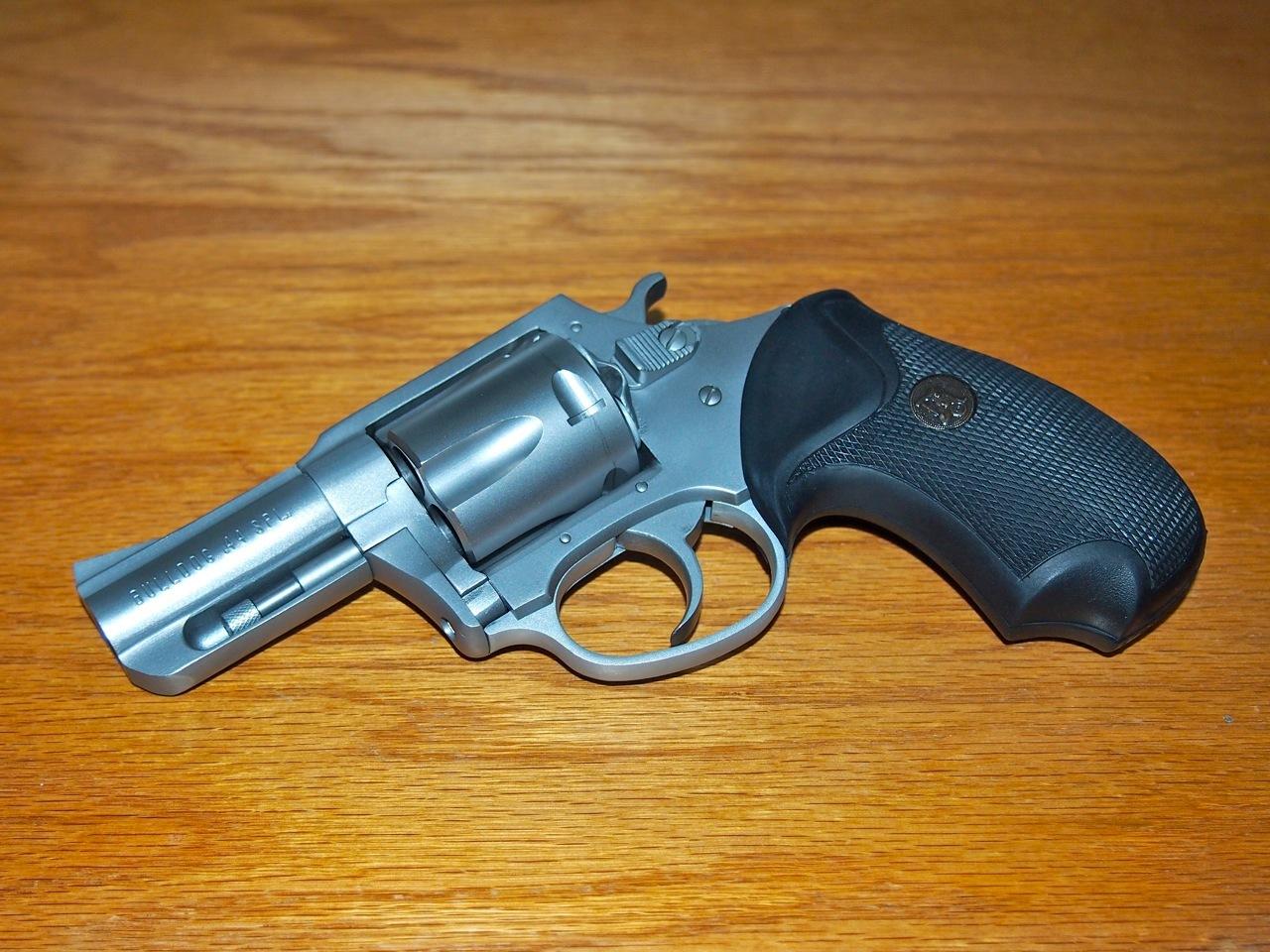 Charter arms revolvers-bulldog3.jpg