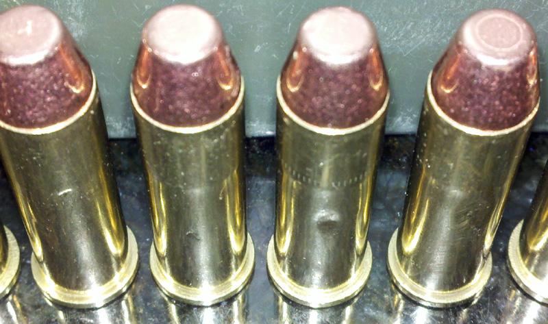 Dents in .38spcl casings-bullets2.jpg
