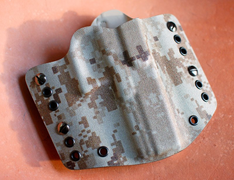 Holsters:  how many, of what types?-cammo.jpg