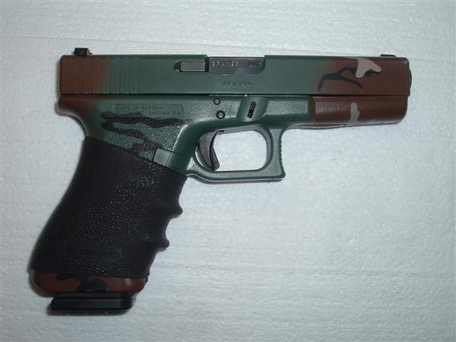 What do you carry?-camoglock-001-small-.jpg
