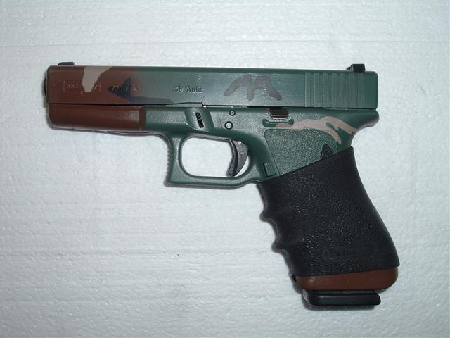 What do you carry?-camoglock-002-small-.jpg