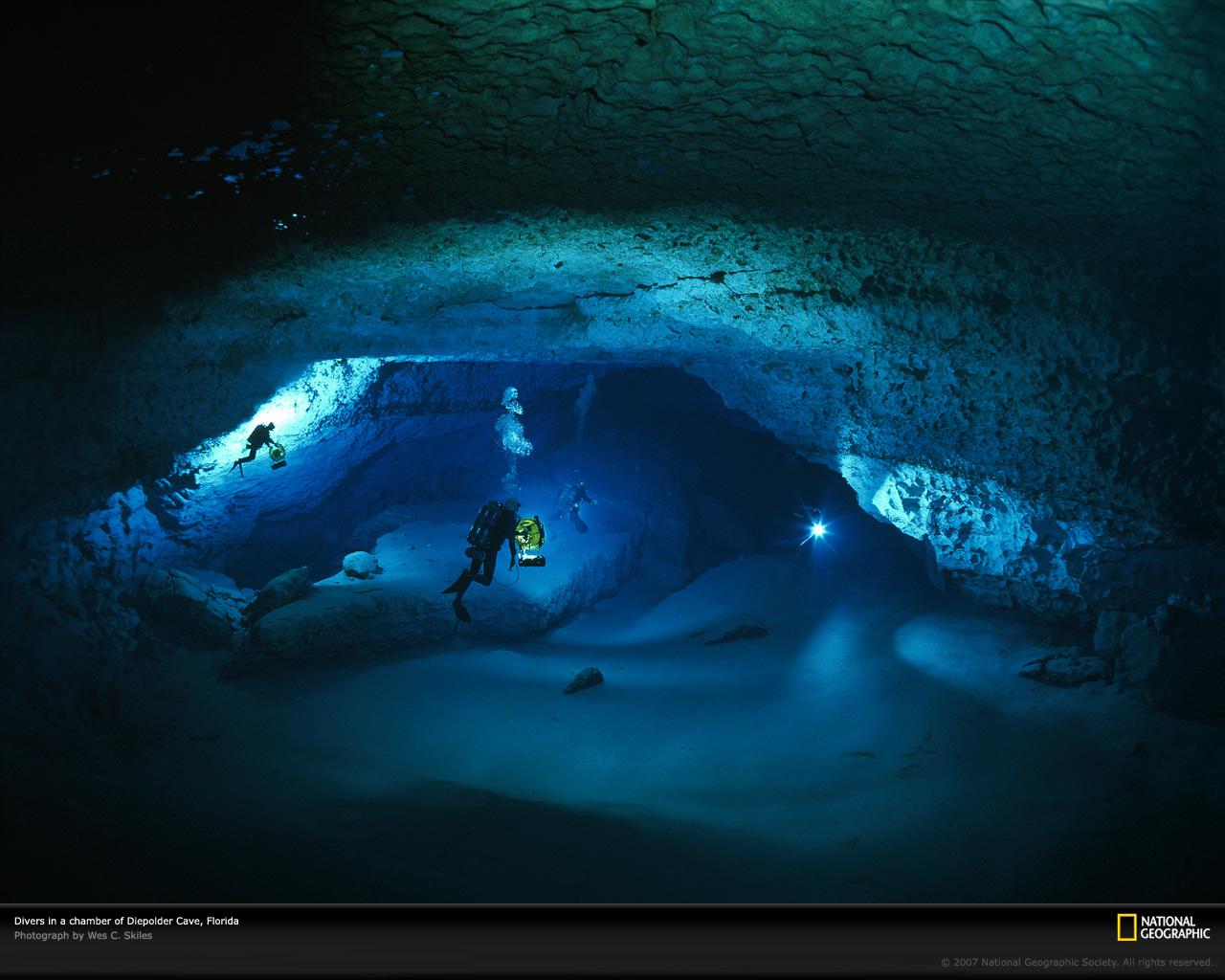 Post ya current Desktop-cave-diving-521196-xl.jpg