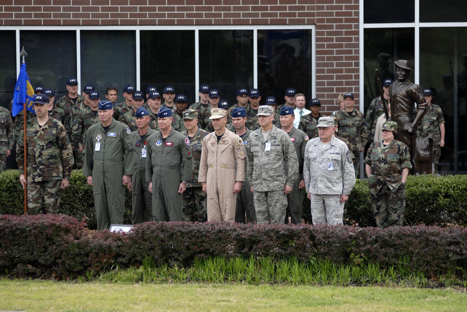 Ah, the Air Force...-col.jpg