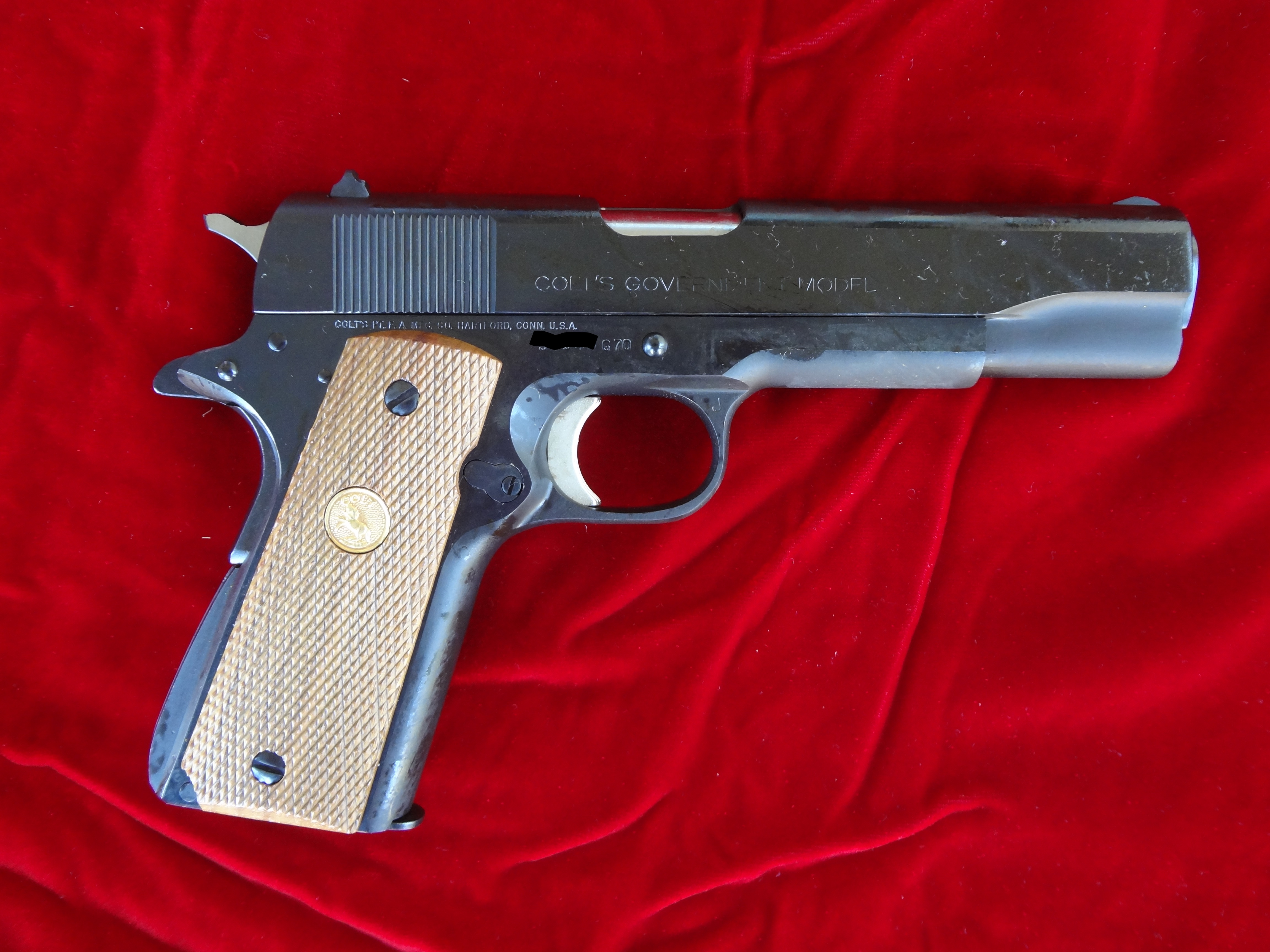 Colt 1911 BNIB Government Series 70-colt-11.jpg