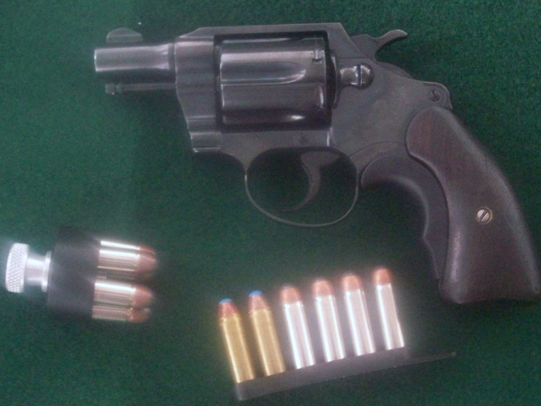 Lets see your unique revolver grips!!!!-colt-20detective-20special.jpg