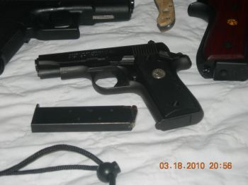 Colt Government 380-colt.jpg