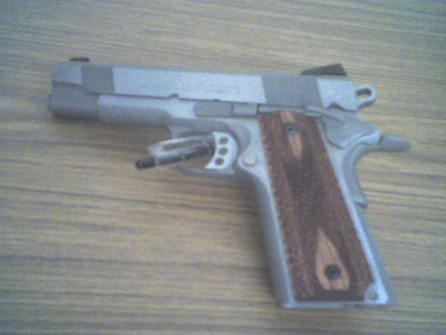 New Colt Pic's-coltcc001.jpg