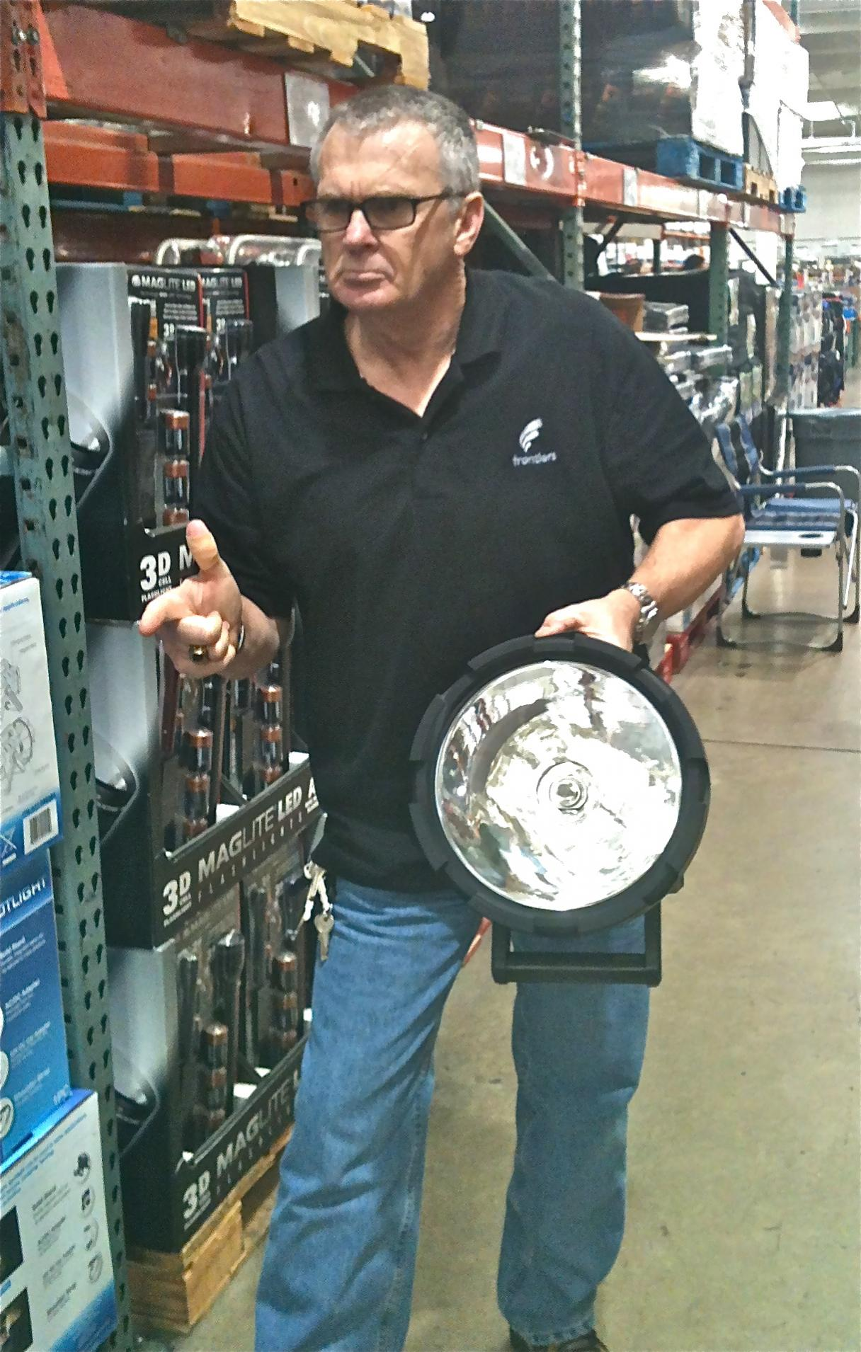 Check out my new taclight!!-costco-taclight.jpg