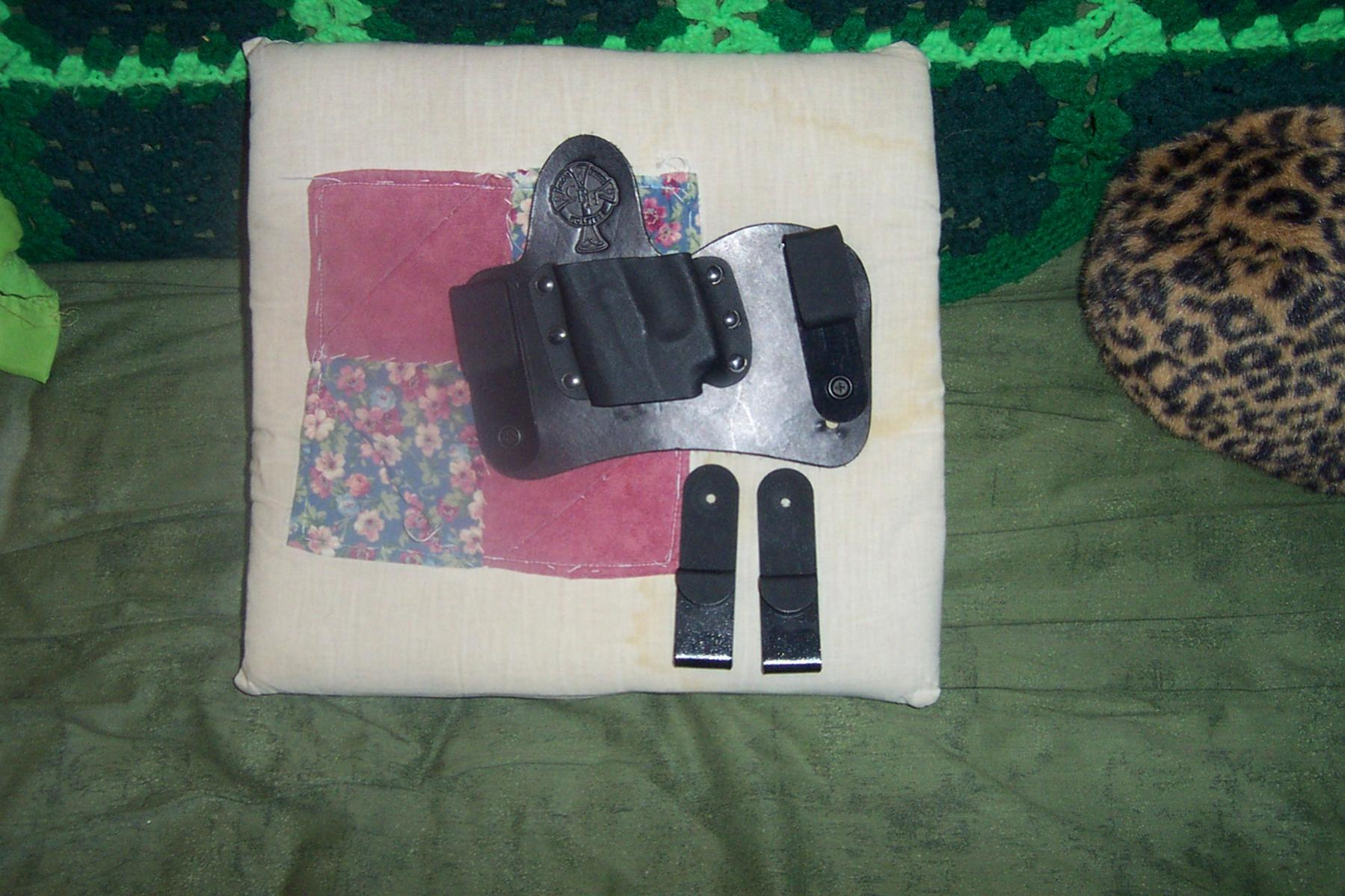 WTS Crossbreed Mini Tuck L/H IWB Holster for Ruger LCP w/ Crimson Trace : Upstate NY-crossbreedminituck.jpg