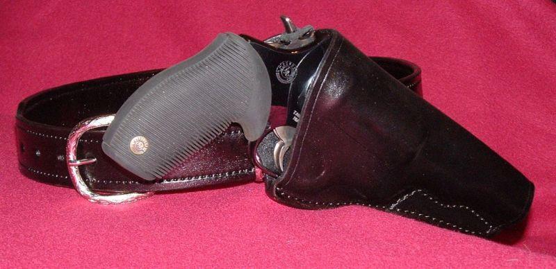 Taurus Judge shoulder or chest holster?-crossdraw.jpg