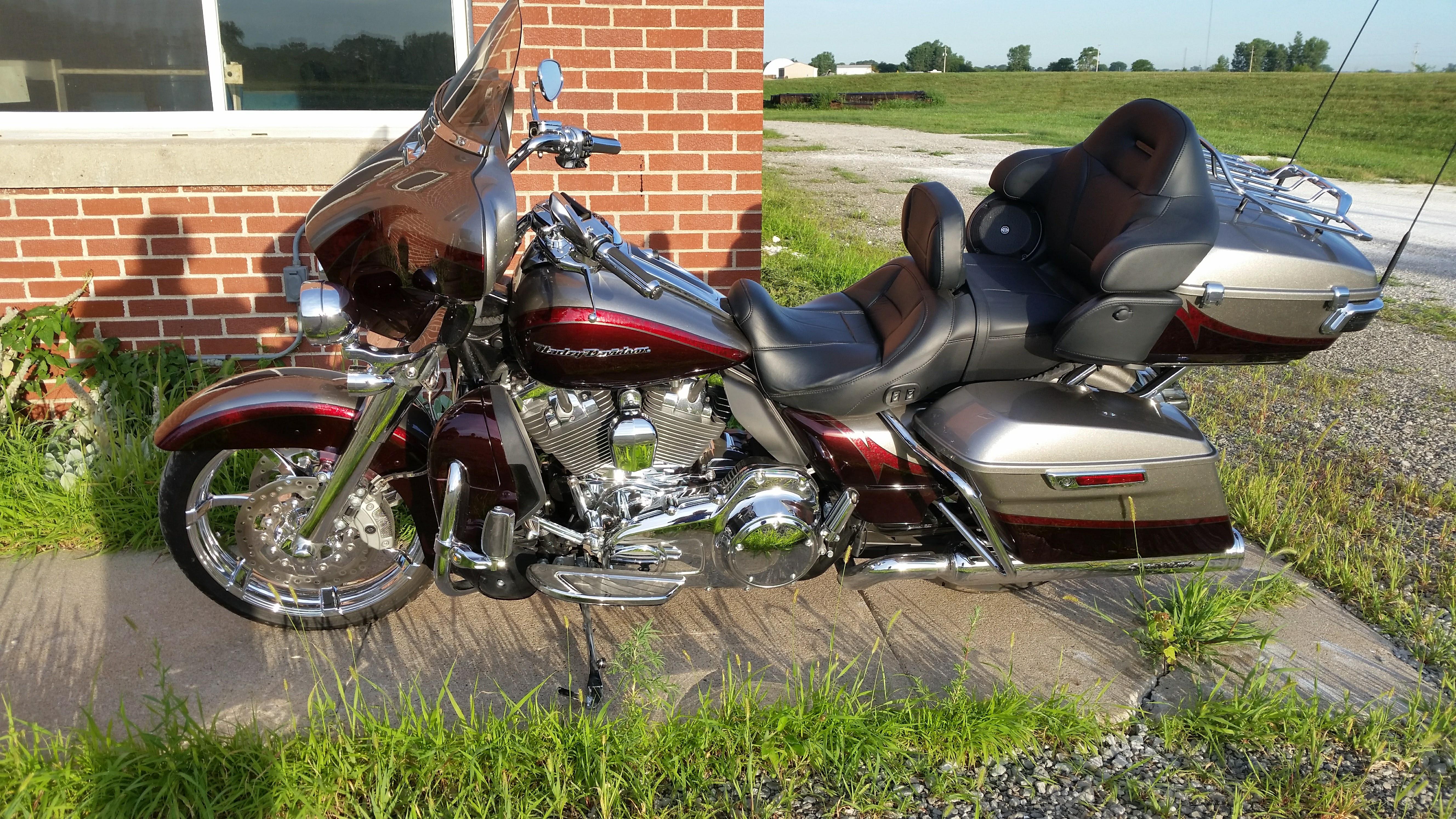 Motorcycle thread-cvo.jpg