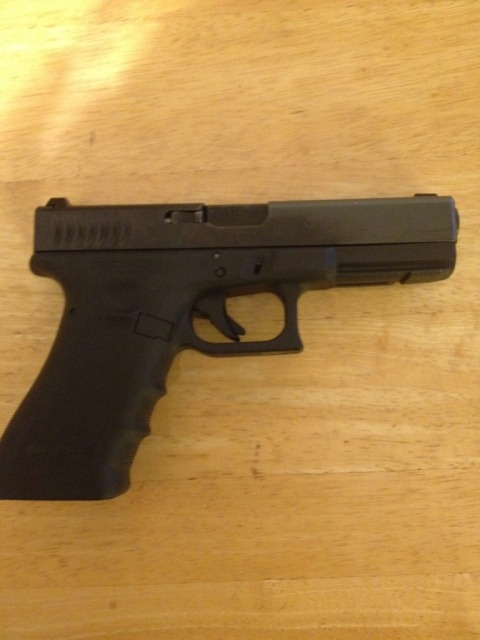 WTS/WTT G22 RTF2 with night sights 3 mags for G17 or G31-db88b239.jpg