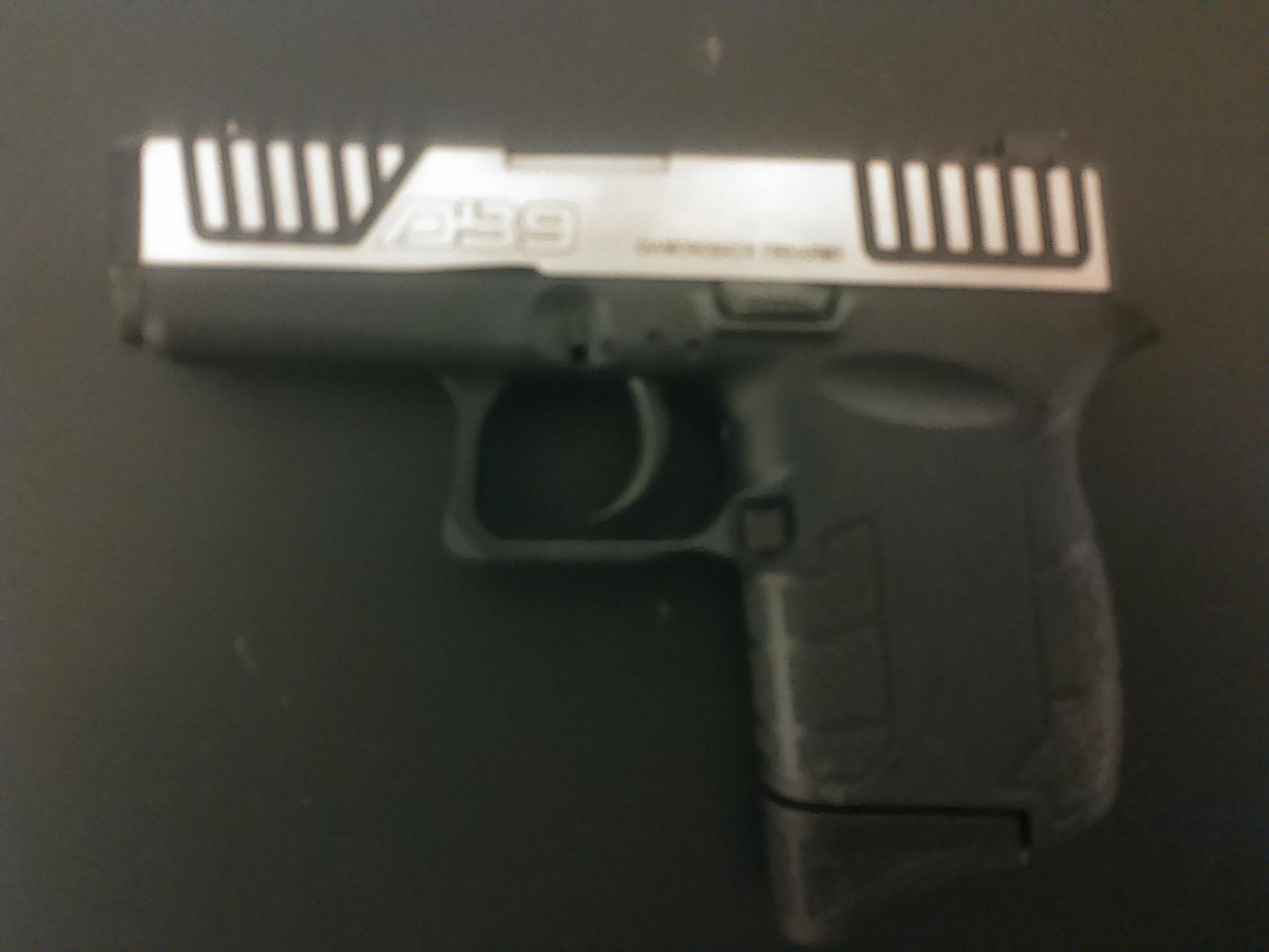 My dream pocket gun. Springfield, are you listening?-db9gen-mar-23-048.jpg